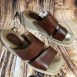 🌷Enzo Angiolini 8 Slides leather Sandals Brown
